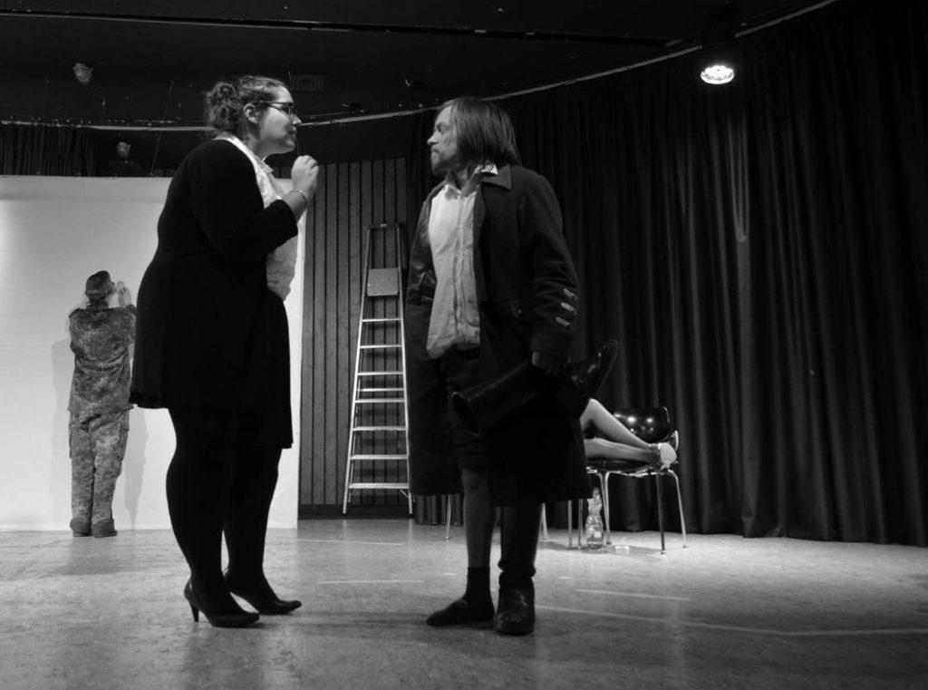 """Inszenierung von """"Eine Stille für Frau Schirakesch"""" im Februar 2016."""